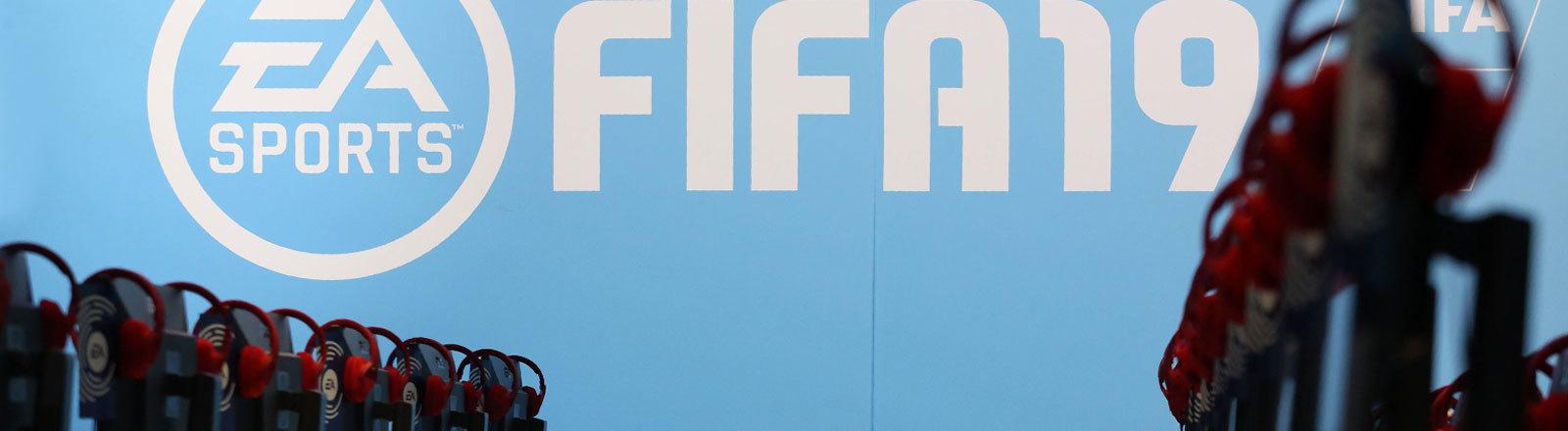 Stand des Games FIFA 19 von EA Games bei der Gamescom 2018