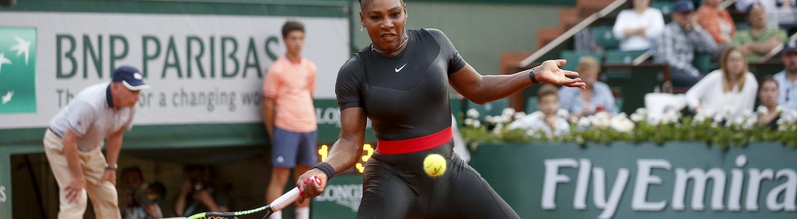 Serena Williams im Catsuit bei den French Open 2018