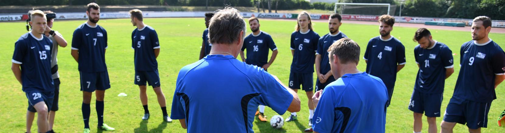 Trainingscamp für arbeitslose Fußballprofis