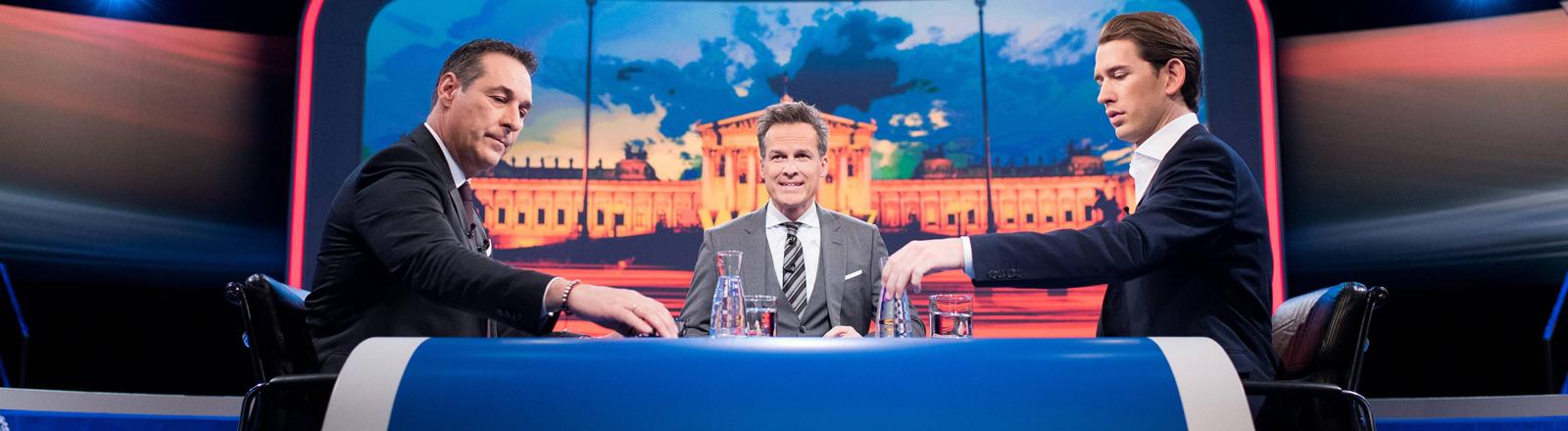TV-Duell in Österreich mit Heinz-Christian Strache (FPÖ) und Sebastian Kurz (ÖVP)