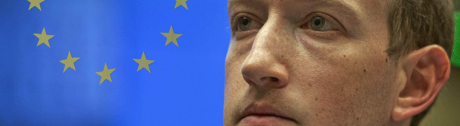 Mark Zuckerberg schaut skeptisch in Richtung einer Europaflagge (Collage)