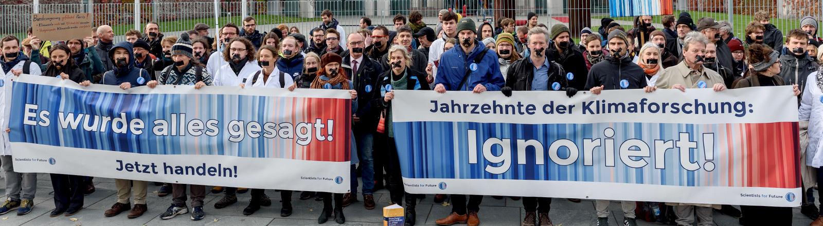 Scientists for Future demonstrieren.