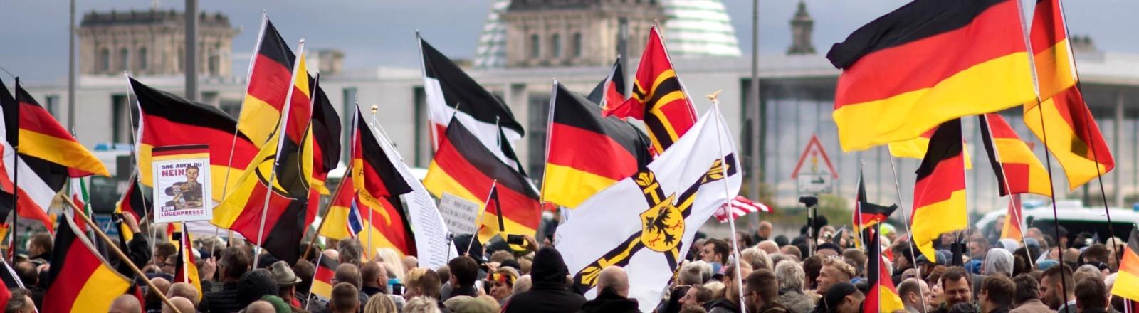 Rechte Demo am 03.10.2019 vor dem Bundestag