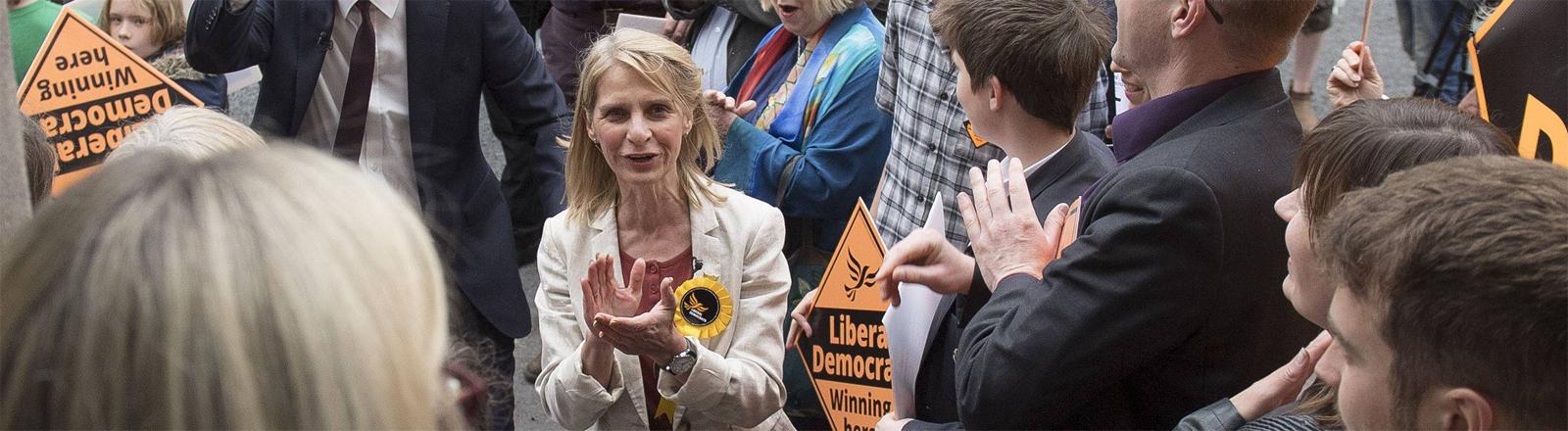 Im Wahlkampf 2017: die Liberaldemokratin Wera Hobhouse im britischen Bath