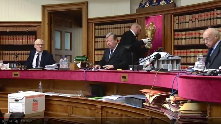 Schottisches Gerichtsurteil gegen Johnson
