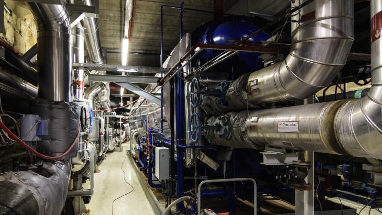 Absorberkältemaschine zur Fernkälteversorgung in der Müllverbrennungsanlage Spittelau in WIen