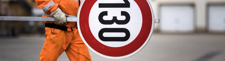 Ein Tempo-130-Schild
