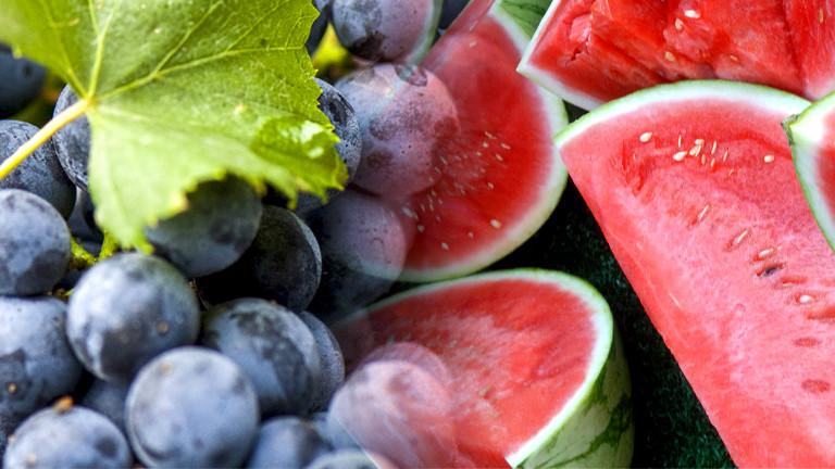 Collage: Trauben und aufgeschnittene Melone