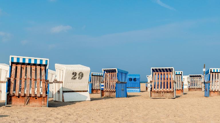 Geschlossene Strandkörbe