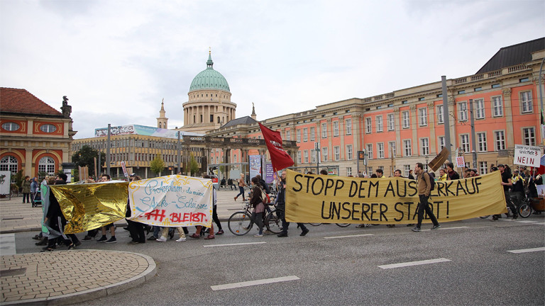 Demonstration gegen die Preisentwicklung auf dem Mietmarkt im Jahr 2017 in Potsdam