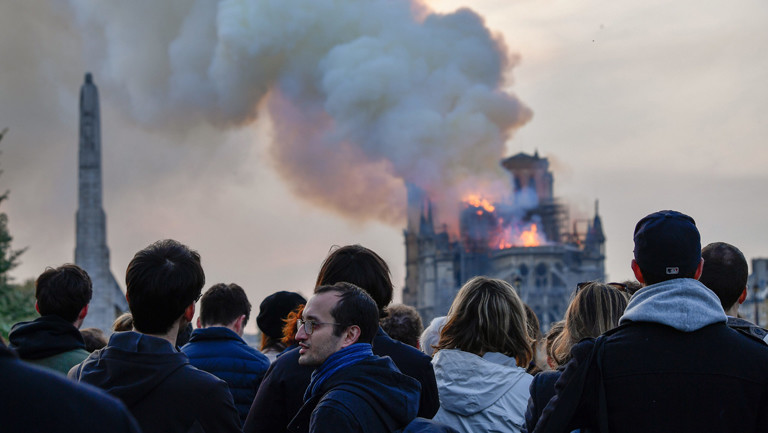 Brennendes Wahrzeichen: Notre-Dame de Paris am 15.04.2019