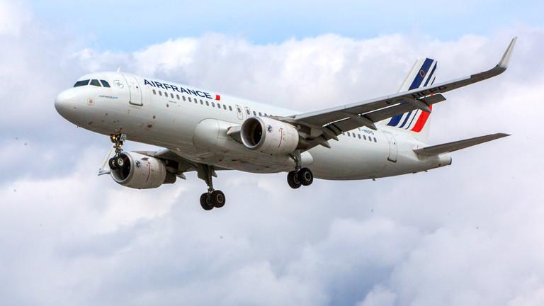 Eine Air France Maschine in der Luft