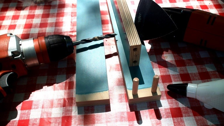 Bastelutensilien für DIY-Sesselbauprojekt