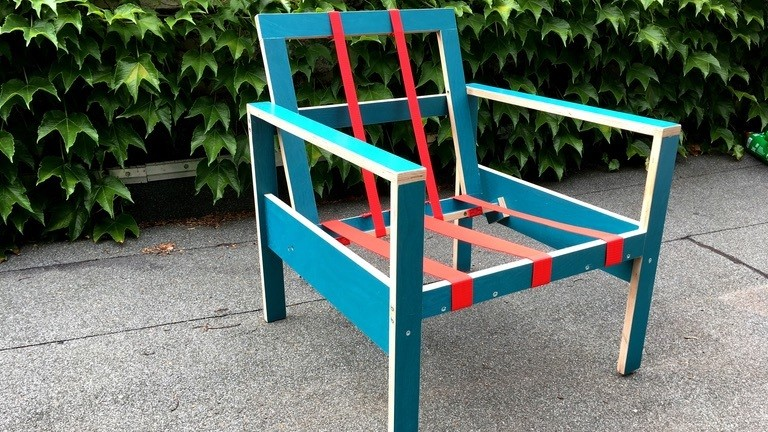 Ein fast fertiger 24€-Sessel