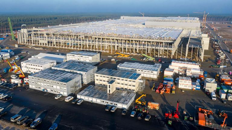 Hier in Brandenburg entsteht die Tesla-Fabrik. Giga-Factory genannt.