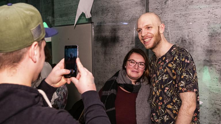 """""""Auf der Bühne"""" am 08.12.2018 mit Planetarium und Haller"""