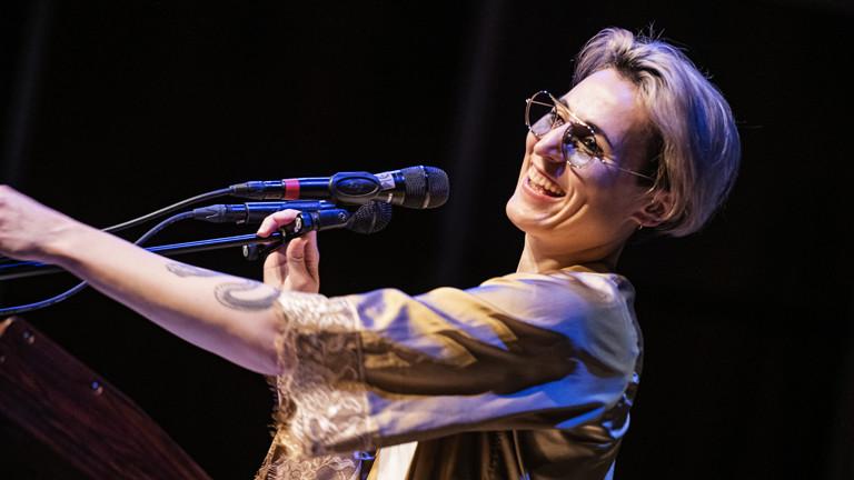 """""""Auf der Bühne"""" am 31.03.2019 mit Mine und Novaa"""