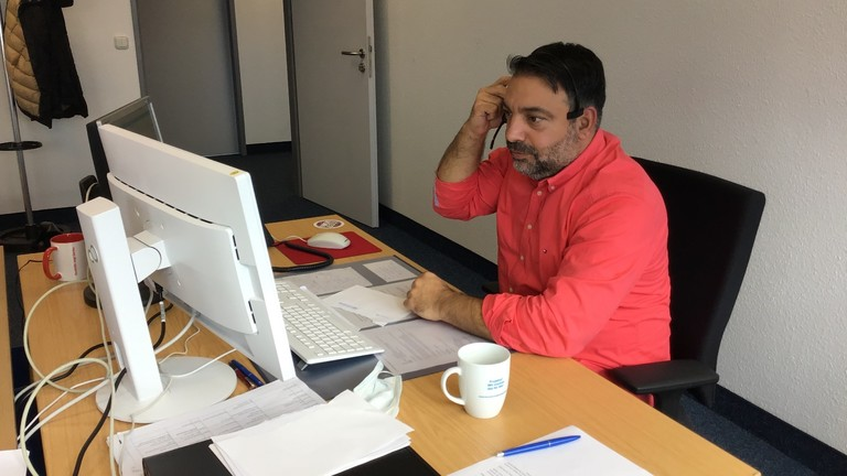 Serkan Çetinkaya bei der Arbeit