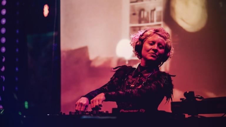 DJ Annie O.