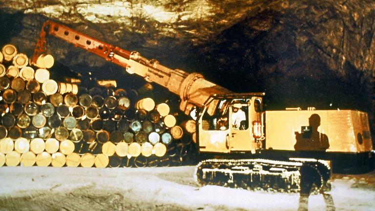 Aufnahme von 1971: Schacht Asse II bei Wolfenbüttel - Lagerung von Atomarem Abfall.