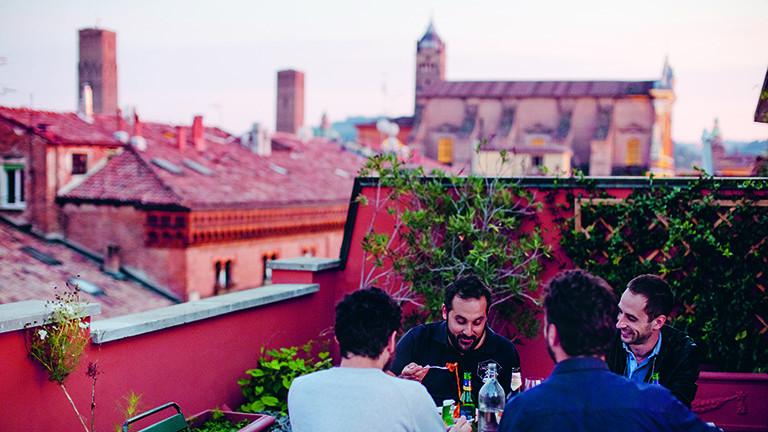 Marco Maurer lernt die einfachen Leute in Italien kennen.