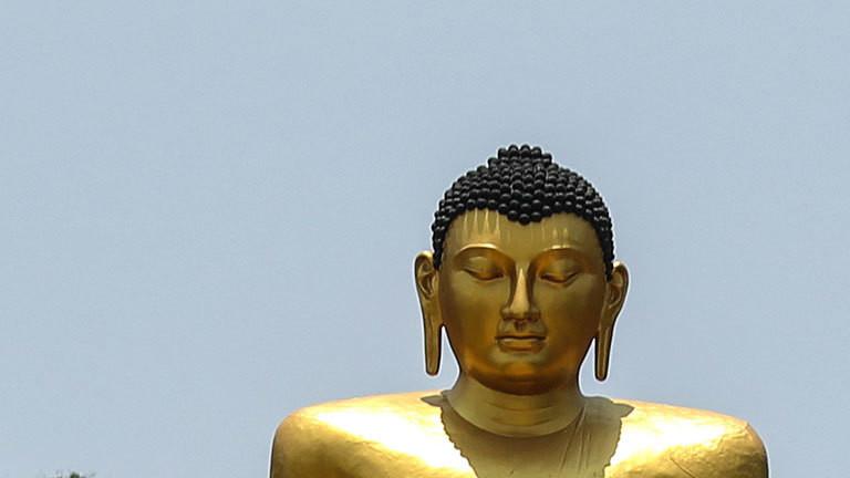 Eine Buddha-Statue in Sri Lanka