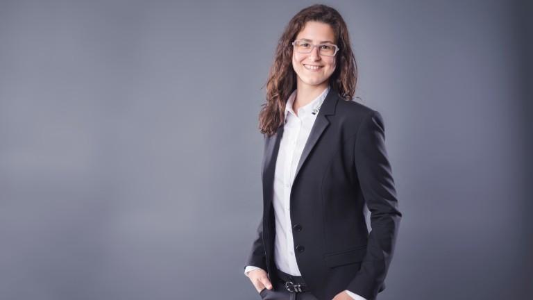 Bestatterin Anne Sallenz