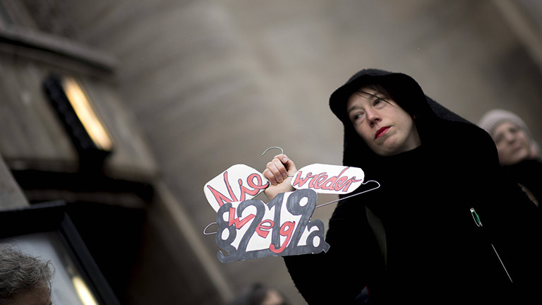 Abtreibungsgegnerin im Januar 2019 bei einer Demonstration in Berlin