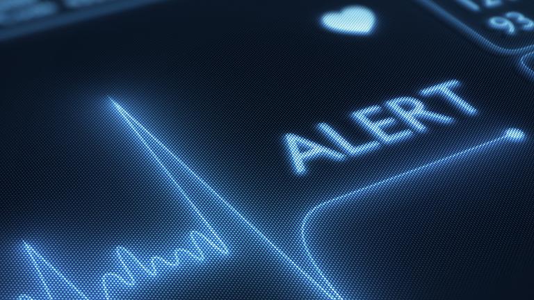Alarm auf einem Herzraten-Monitor