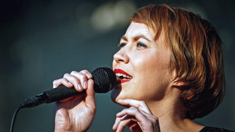 Hundreds-Sängerin Eva Milner