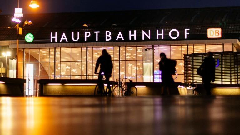 Der Kölner Bahnhof zur Weihnachtszeit