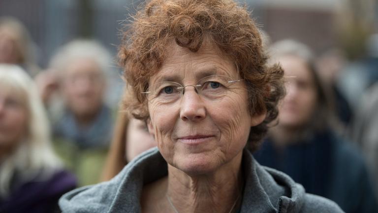 Ärztin Kristina Hänel am 24.11.2017 vor dem Amtsgericht in Gießen (Hessen).
