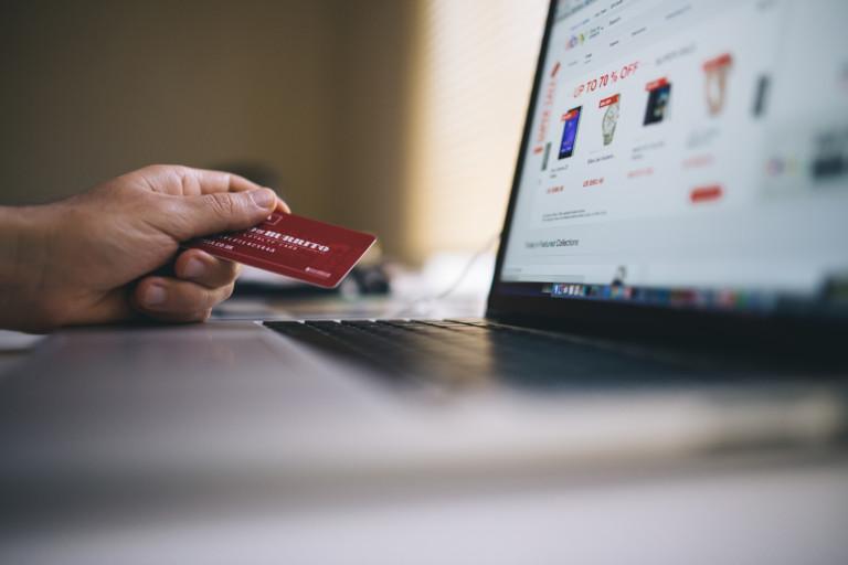 Symbolbild Online-Shopping