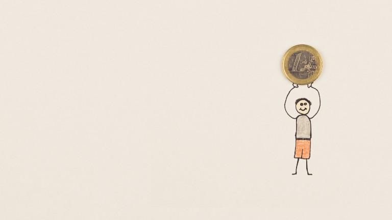 Ein kleiner Zeichentrick-Mann hält einen Euro in die Luft