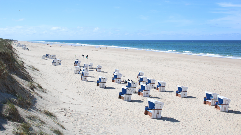 Strand mit Strandkörben Sylt