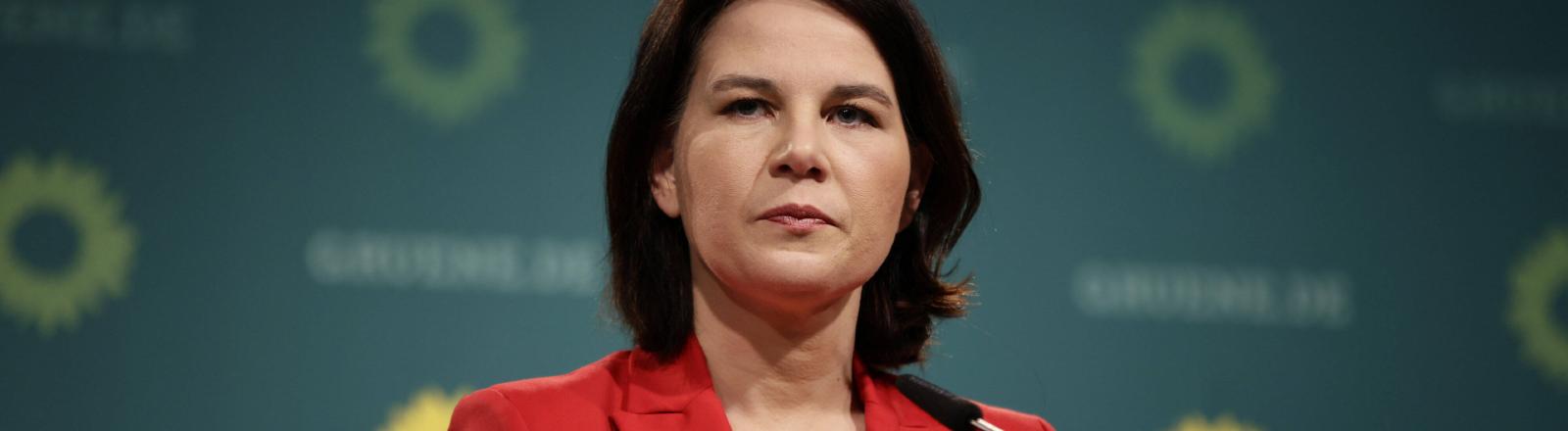 Annalena Baerbock auf einer Pressekonferenz der Grünen am 26.4.2021