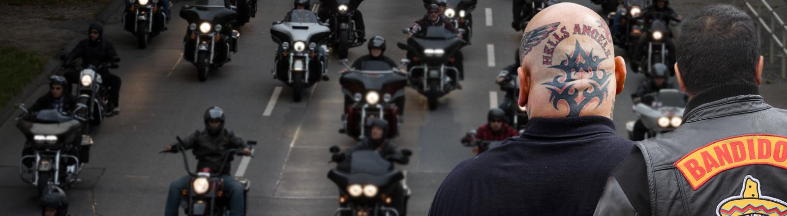 Ein Mitglied der Hells Angels und eines der Bandidos von hinten vor dem Hintergrund eines Motorradcorsos