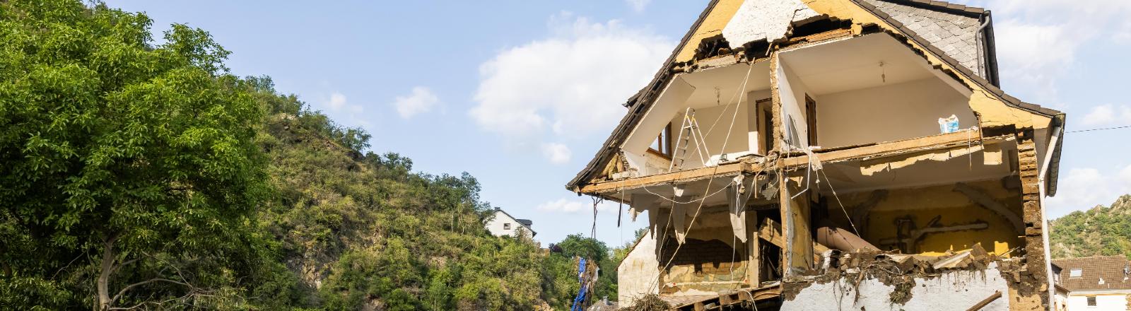 Ein zerstörtes Haus in Altenahr