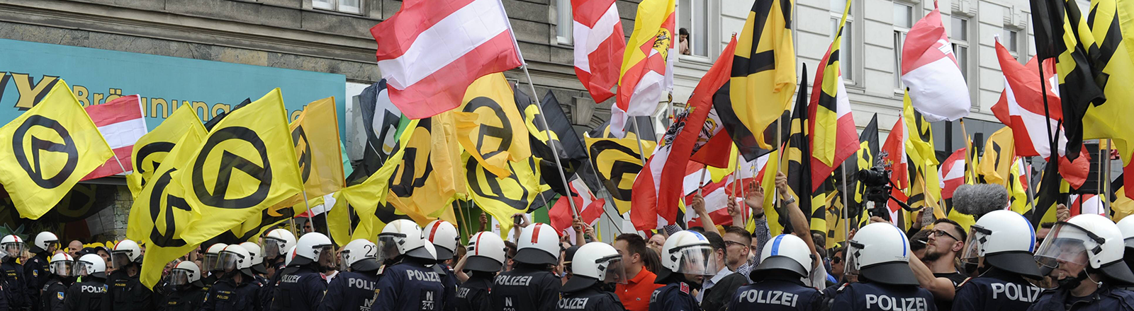 Demonstration der Identitären in Wien 2016