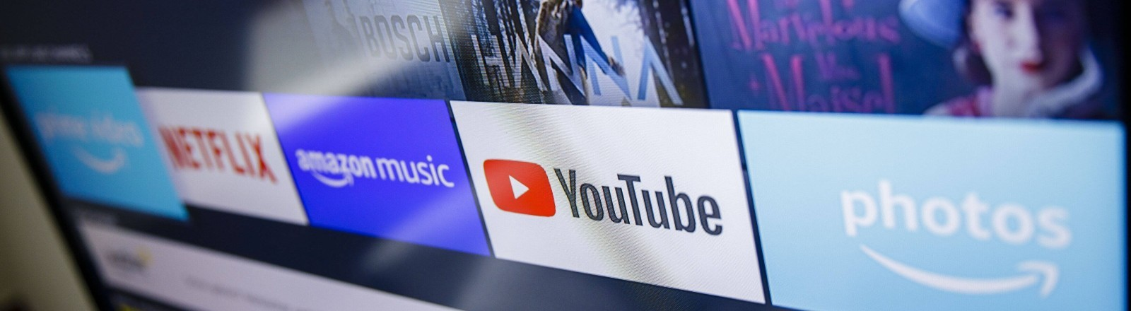 Verschiedene Streaminganbieter auf einem Bildschirm