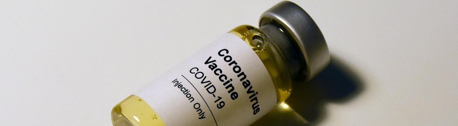Eine Dose Corona-Impfstoff